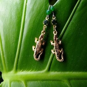 Jewelry - Unique Chic! Alligator / Crocodile Stone Pendants